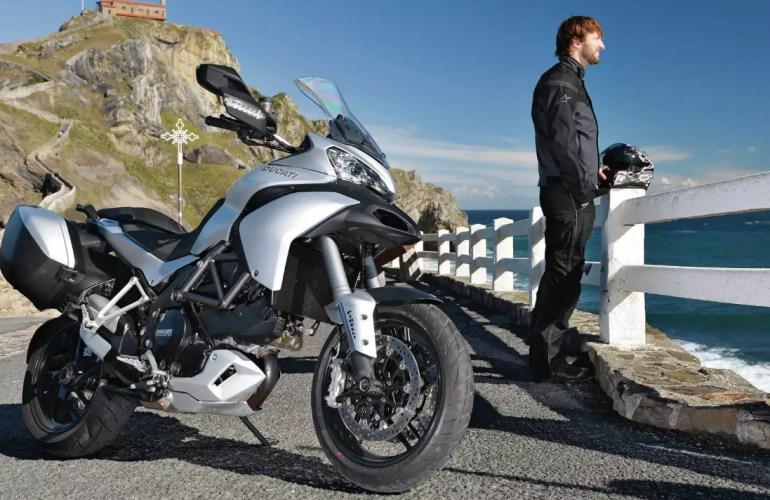 Какой мотоцикл лучше выбрать начинающему? Критерии выбора, рейтинг моделей