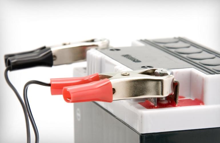 Зарядка кислотной батареи