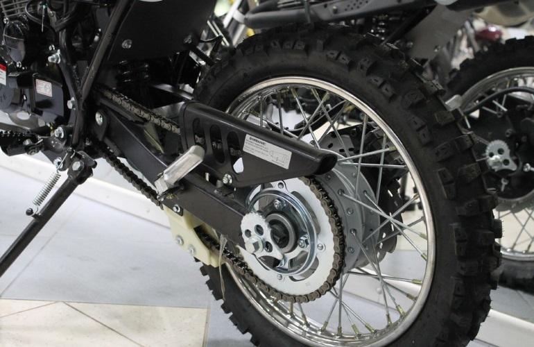 Заднее колесо мотоцикла Racer Enduro 150